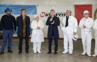 Macri y Etchevehere participaron de la reapertura de una planta frigorífica