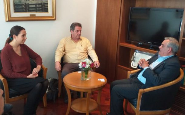 """Joan Melé en Coninagro: """"Hay que generar un sistema financiero para producir y no para especular"""""""